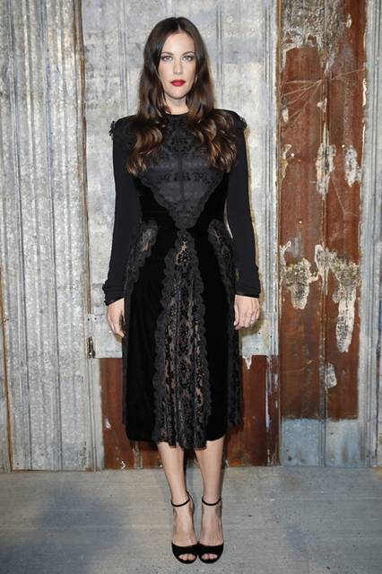 <strong>Liv Tyler|リヴ・タイラー</strong><br /><br /> ジバンシィ バイ リカルド ティッシのショー会場・ニューヨーク