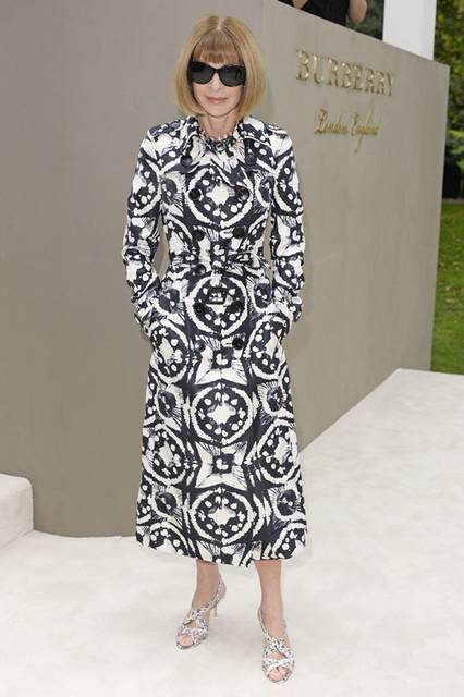 <strong> Anna Wintour|アナ・ウィンター</strong><br /><br /> バーバリー プローサムのショー会場・ロンドン