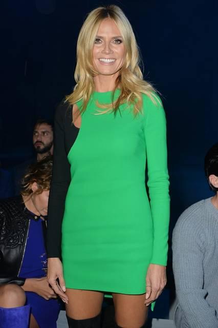 <strong>Heidi Klum|ハイディ・クルム</strong><br /><br /> ヴェルサーチのショー会場・ミラノ