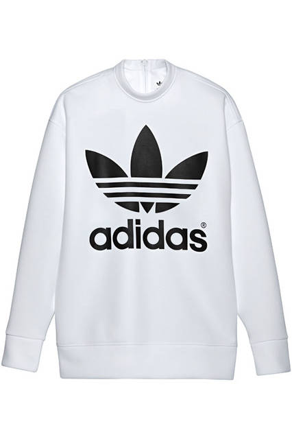 <strong>adidas Originals|アディダス オリジナルス</strong><br />コラボレーションコレクション「adidas Originals by HYKE」 クルースウェット 2万520円