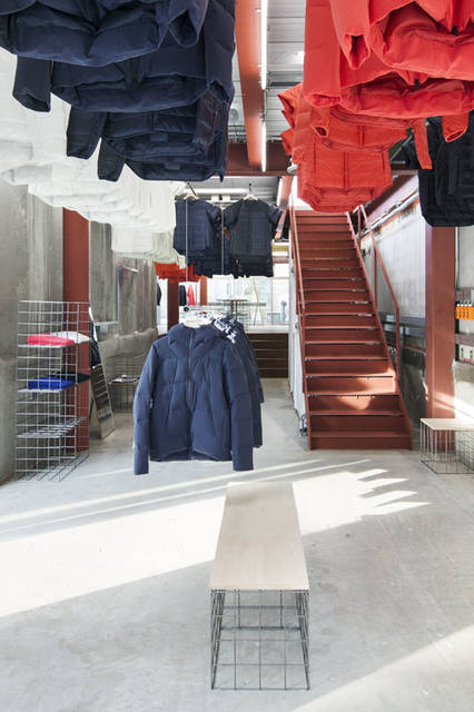 <strong>DESCENTE|デサント</strong><br />「DESCENTE BLANC(デサント ブラン)」代官山店