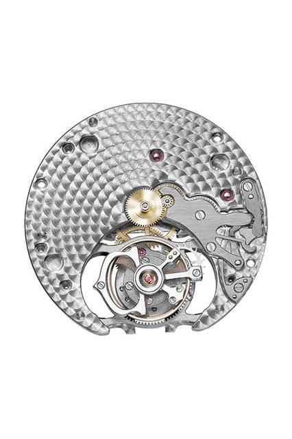 <strong>クレ ドゥ カルティエ フライングトゥールビヨン</strong><br /> ケース|ホワイトゴールド(ロジウムコーティング)478個、計3.56ctのブリリアントカットダイヤモンドをセッティング<br /> 直径|35mm<br /> 厚さ|11.3mm<br /> ムーブメント|手巻き(Cal.9452 MC)<br /> 振動数|2万1600振動/時<br /> パワーリザーブ|約50時間<br /> 防水|3気圧防水<br /> 機能|フライングトゥールビヨン<br /> 価格|1810万円(税別)<br /><br /> © Cartier