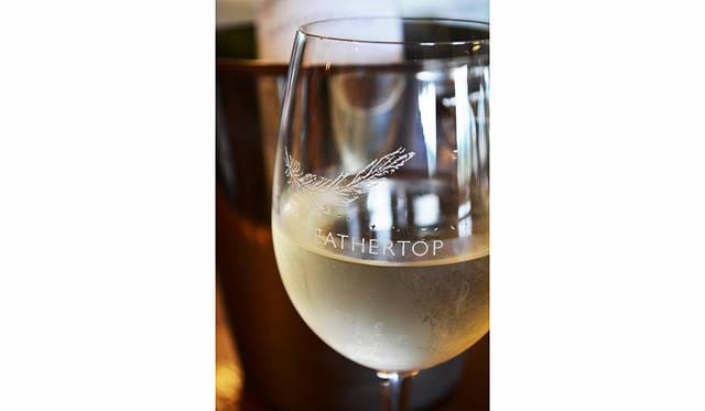 ビクトリア州といえば、ワイン好きは外せないプレミアムワインの宝庫。ヤラバレーを筆頭に、キングバレー、スワンヒル、ラザグレインなど個性的な産地が点在している