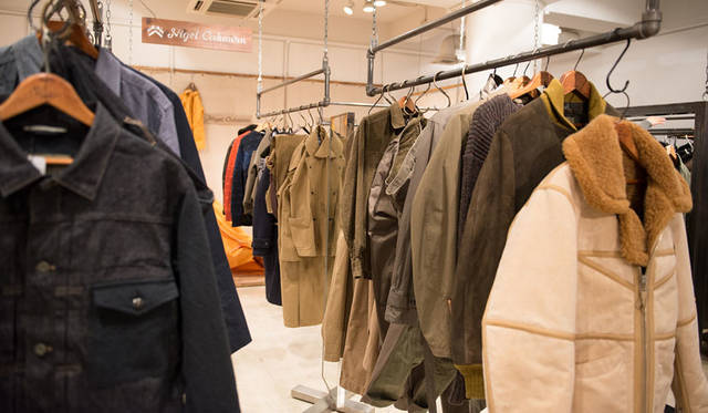 <strong>Nigel Cabourn|ナイジェル・ケーボン</strong><br />2015-16年秋冬コレクション「THE TRANS-ANTARCTIC EXPEDITION & ROYAL AIRFORCE」展示会場にて