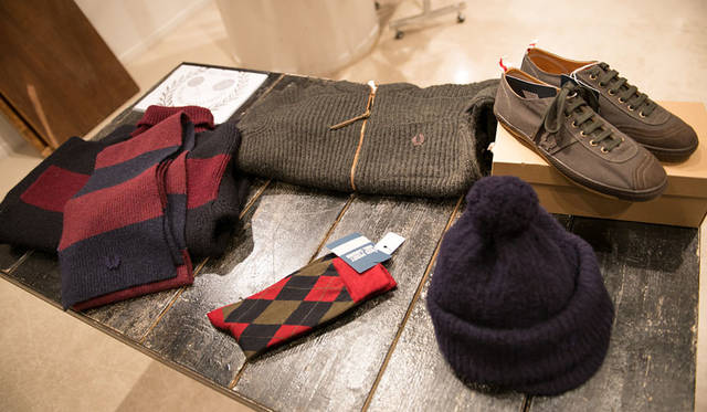 <strong>Nigel Cabourn ナイジェル・ケーボン</strong><br />2015-16年秋冬コレクション展示会場にて 「FRED PERRY(フレッドペリー)×Nigel Cabourn(ナイジェル・ケーボン)」