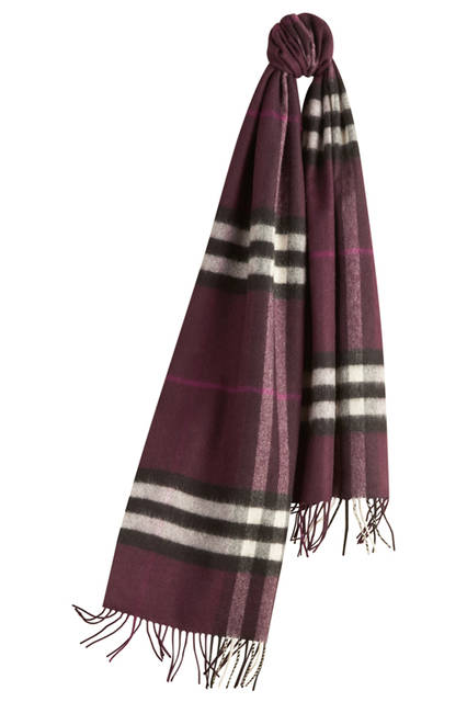 The-Classic-Cashmere-Scarf-in-Check-Aubergine