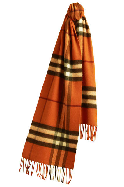 The-Classic-Cashmere-Scarf-in-Check-Burnt-Orange
