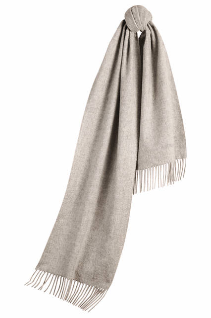 The-Classic-Cashmere-Scarf---Pale-Grey
