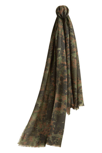 The-Lightweight-Cashmere-Scarf-in-Camouflage-Print---Dark-Cedar-Green