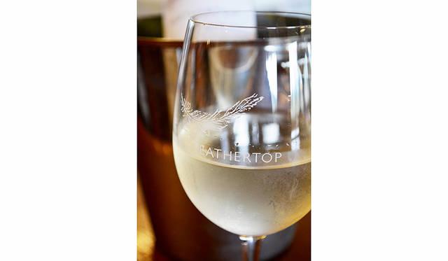 ワインはイタリア系ブドウを中心にバラエティに富む。日本未入荷というのが残念