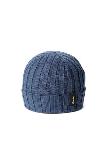 リブ編みのブルー。専用箱付き。価格1万9440円
