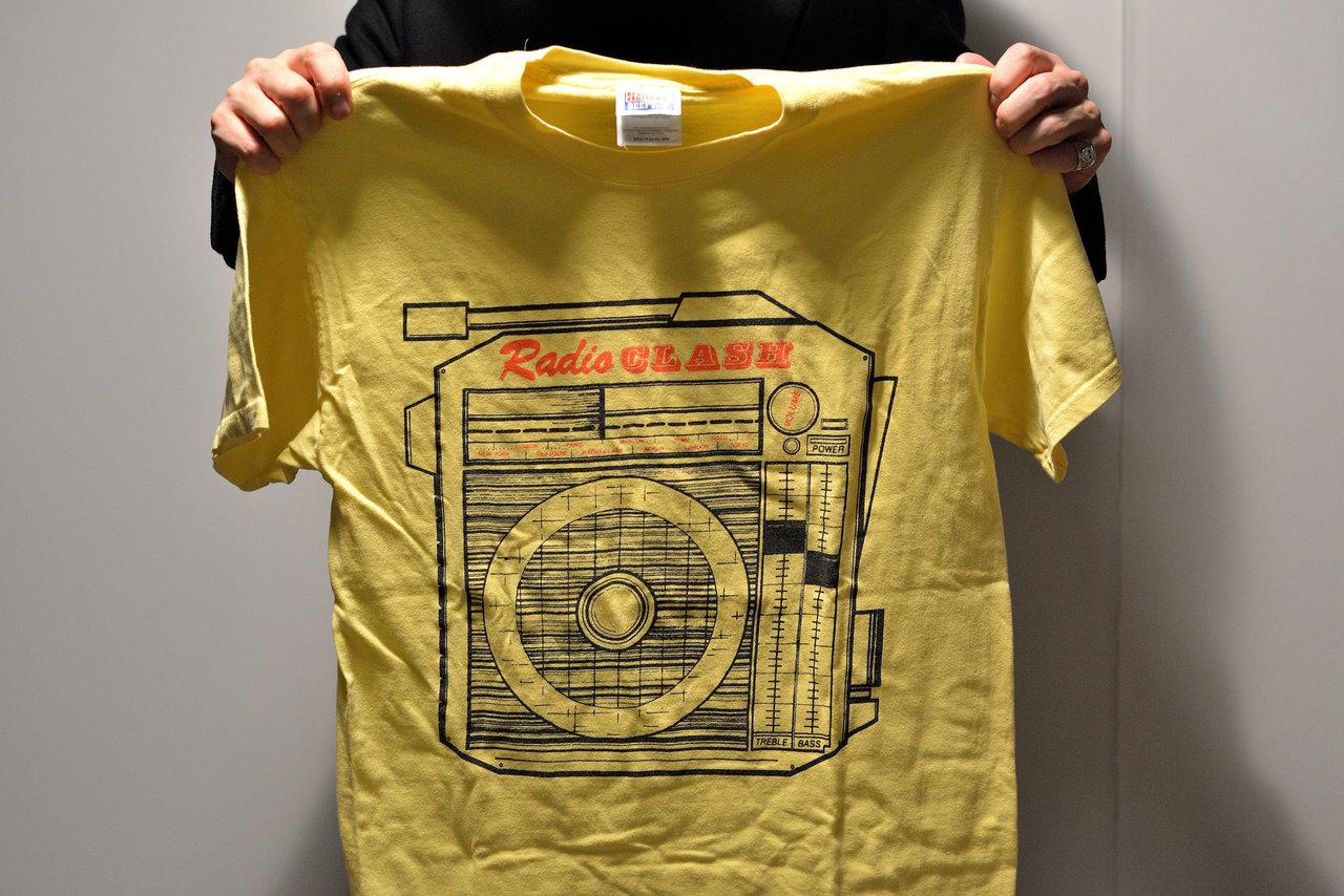 フューチュラが手掛けたThe ClashのRadio ClashのTシャツ(POGGY氏私物)