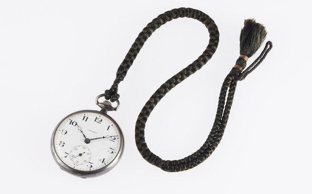 16型懐中時計