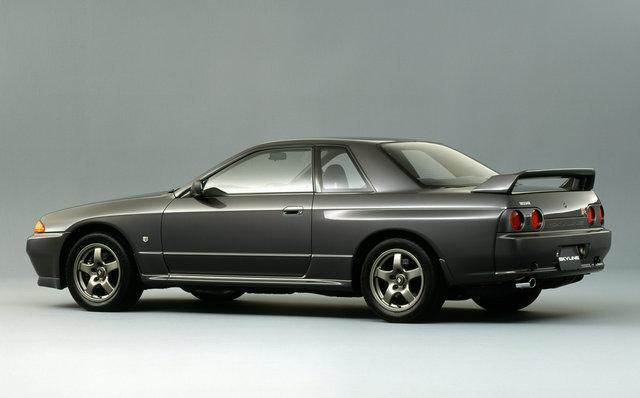 日産スカイラインGT-R(R32)