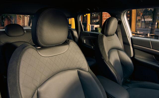 BMW ミニ クロスオーバー インテリア