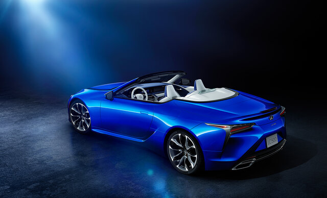 "LC500コンバーチブル""Structural Blue"""