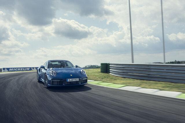 PORSCHE 911 Turbo ポルシェ911ターボ