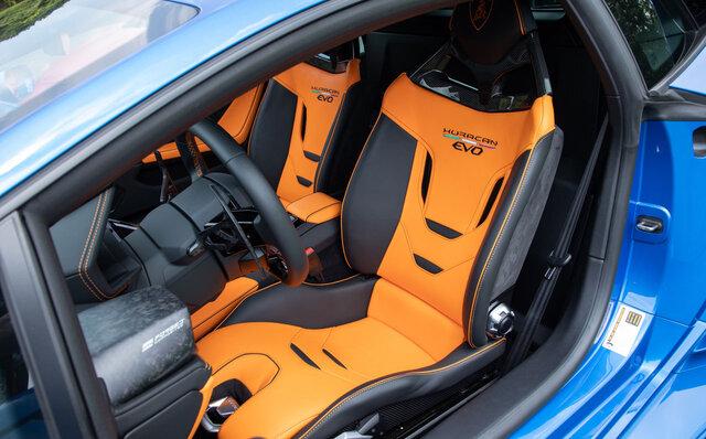 タウンスピードでも楽しい──ランボルギーニ ウラカンEVOの後輪駆動モデルに公道試乗 Lamborghini