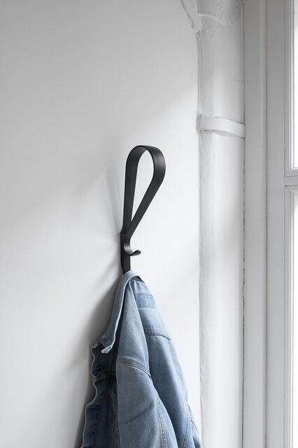 新作「ロープ チェア」と「トゥプラ 壁付け フック」が日本で発売開始|Artek