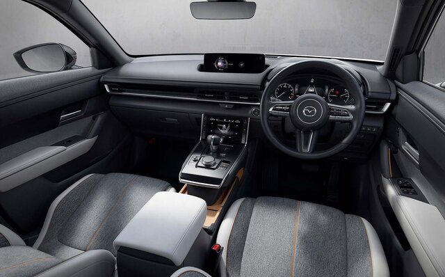 マツダ、新型クロスオーバーSUV「MX-30」を発表 Mazda