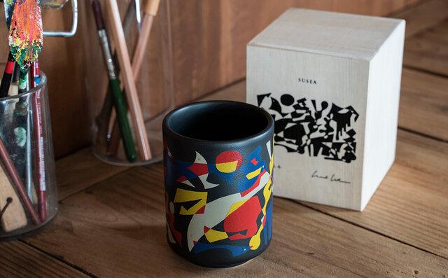 5組の気鋭アーティストと波佐見焼のブランド「BARBAR」がコラボした寿司湯呑『ARTIST SUSHIYUNOMI』に注目