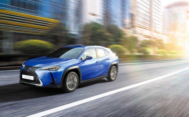 レクサスが初の市販EVモデル「UX300e」を発売|Lexus
