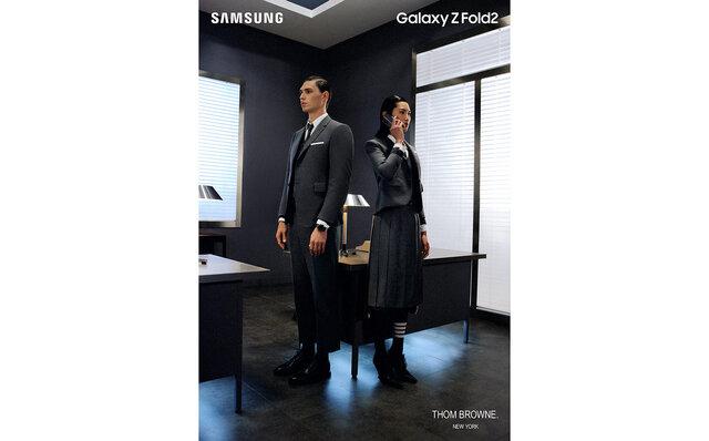 Galaxy とThom Browne のコラボレーション第二弾Galaxy Z Fold2 Thom Browne Editionが日本上陸|Galaxy×THOM BROWNE