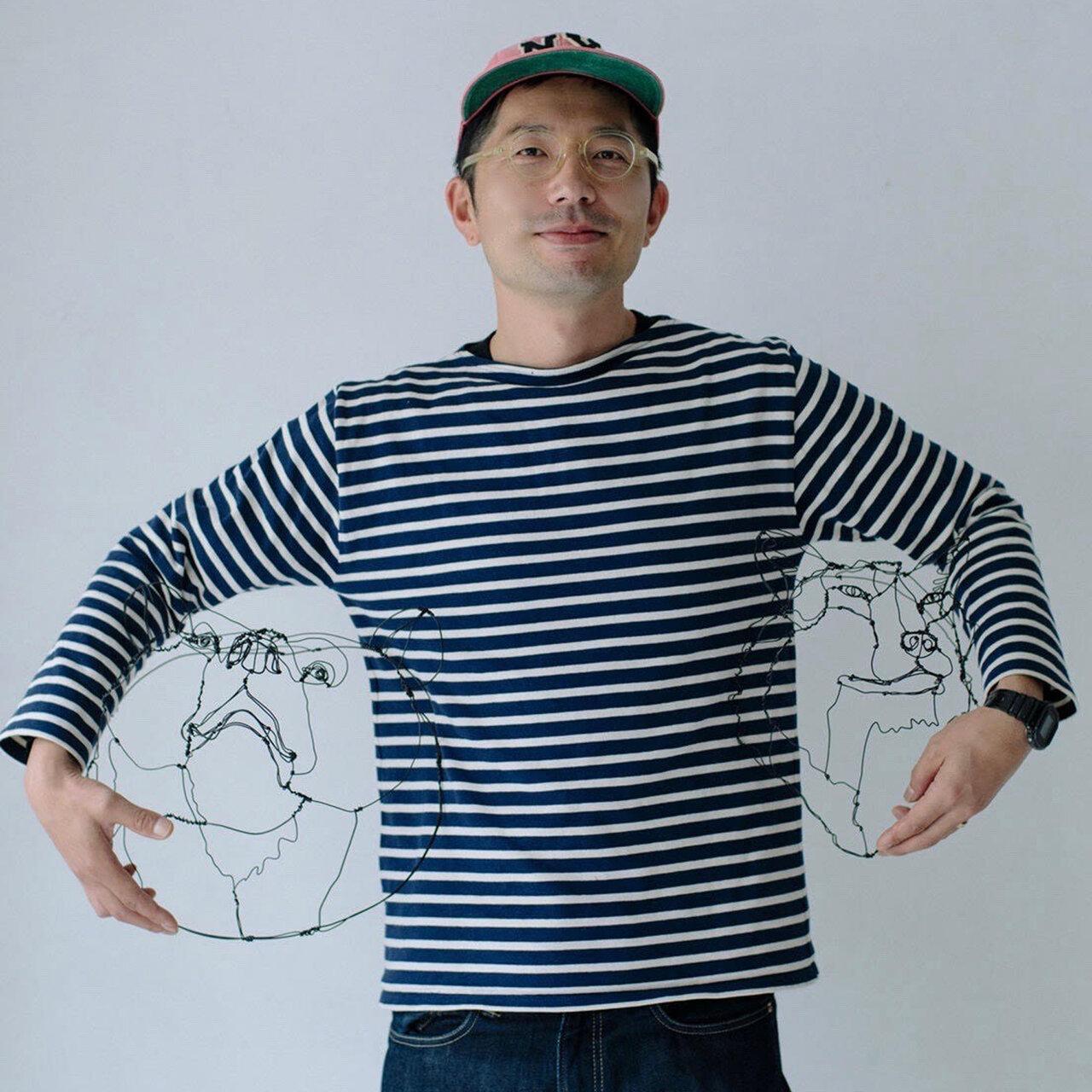 Profile 1976年、茨城県生まれ。2015年、ワイヤーアートの制作を開始。ワイヤーアニマルヘッドという独自のスタイルを生み出す。17年、青参道アートフェアにて作家デビュー。現在は、ホテルロビーや公共施設のディスプレイ、パブリックアート、有名ミュージシャンのCDジャケットへの作品提供、テキスタイルのデザインなど多岐に活動中。