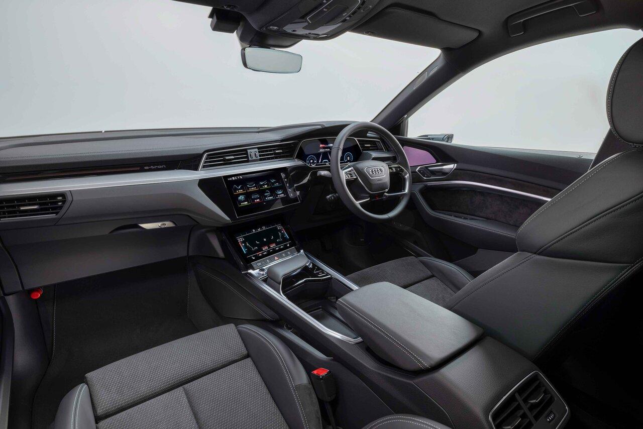 アウディの電動化攻勢尖兵、アウディ「e-tronスポーツバック」が発売 Audi
