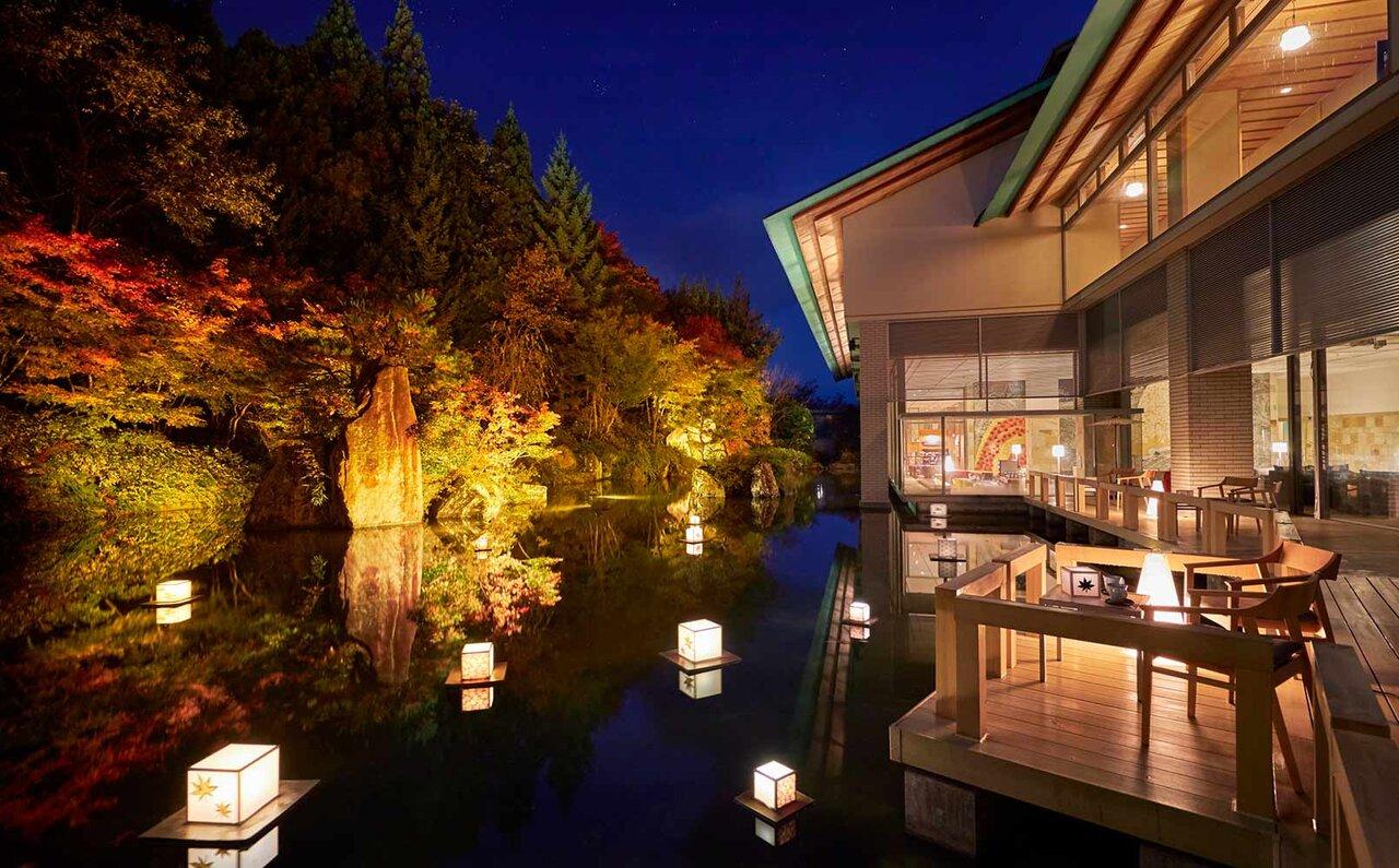 界 津軽 津軽四季の水庭