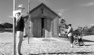ジャック・タチ映画祭|ぼくの伯父さんの休暇 12