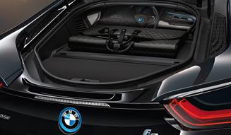 LOUIS VUITTON|BMW i8に捧げるバッグコレクション 06