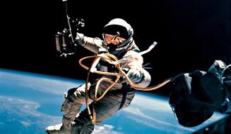 1965年/地球軌道上