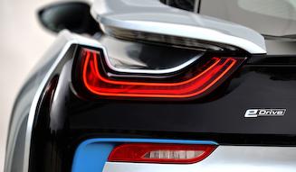 s_BMW_i8_035