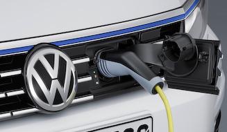 Volkswagen Passat GTE|フォルクスワーゲン パサート GTE 11