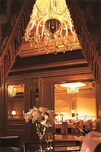 EAT オペラに酔いしれながらホテルで過ごす大人のバレンタイン
