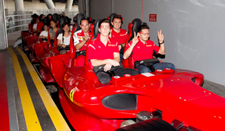 Ferrari World Abu Dhabi フェラーリ・ワールド・アブダビ