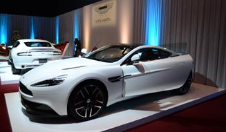 Aston Martin & McLaren  アストンマーティン&マクラーレン、福岡に代理店オープン