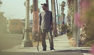 OAKLEY|プロスケーターのエリック・コストンのショートムービー