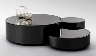 FENDI|「バッグ バグズ」をあしらったアームチェアをミラノサローネにて発表