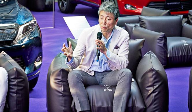 「紫」でつながるコラボレーションへの想い Toyota Harrier