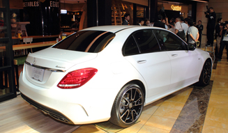 327_03_Mercedes-Benz_C450_AMG