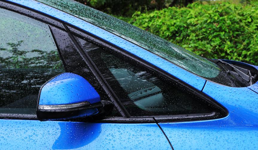 BMW 218d Gran Tourer ビー・エム・ダブリュー 218d グラン ツアラー