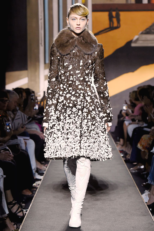 Dior_Couture_AW1516_Look_02