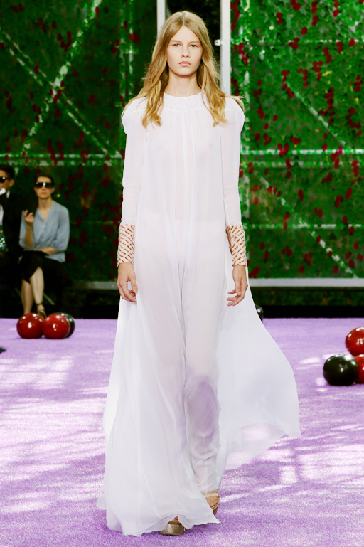 Dior_Couture_AW1516_Look_01