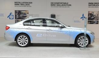 BMW 330e|ビー・エム・ダブリュー 330e
