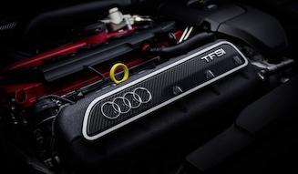 Audi RS3 Sportback|アウディ RS3 スポーツバック