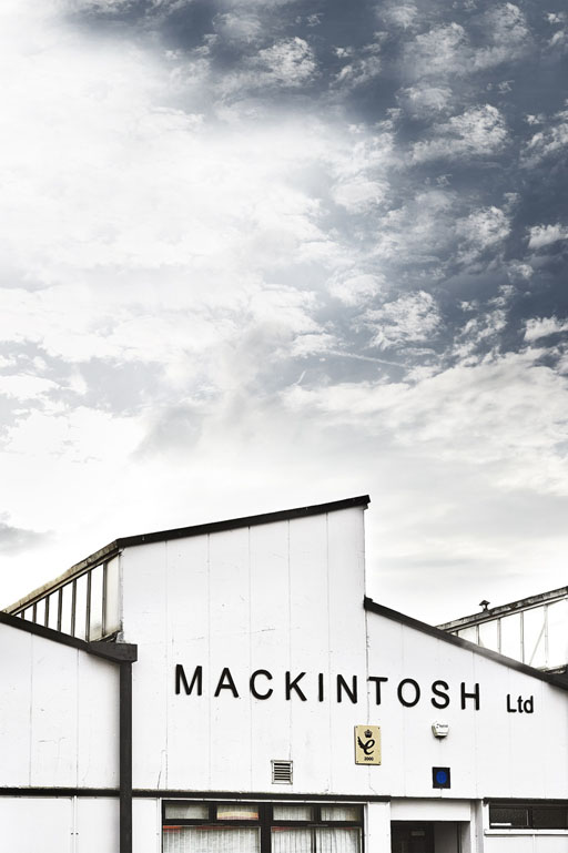 TOMORROWLAND|MACKINTOSH