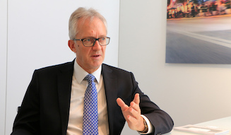 Dr.Erhard Mossle|Dr.エアハルト・メスレ氏
