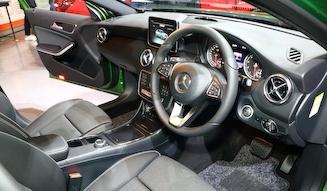Mercedes-Benz A 250 SPORT 4MATIC|メルセデス・ベンツ A 250 シュポルト 4マチック